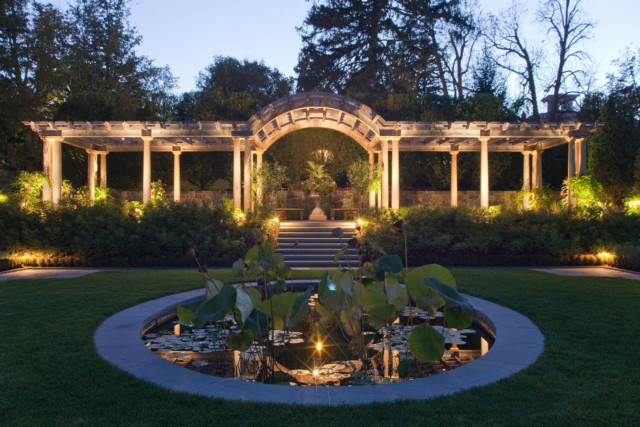 Residence, Skaneateles NY – Meyer & Meyer Architecture, Pressley Associates (landscape architect), ValleryCrest (landscape contractor)